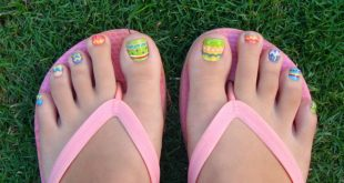 Easter-Egg-Toe-Nail-Art
