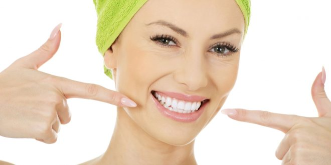 Natural-Ways-to-Whiten-Teeth