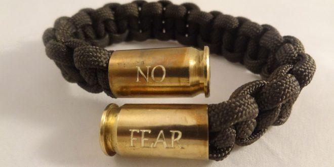 دستبند نظامی 1331