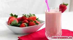 میلک شیک توت فرنگی 1