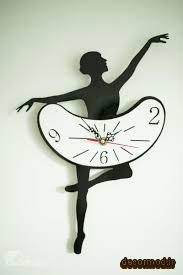 ساعت دیواری مدرن رافائل 8686