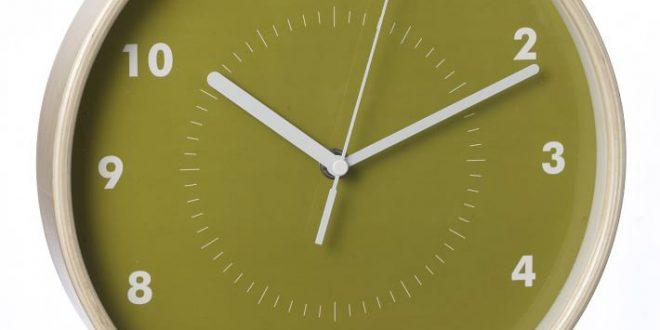 ساعت دیواری ساده 09