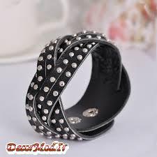 دستبند چرم دخترانه 38