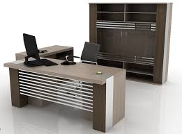 ویژگیهای میز کامپیوتر