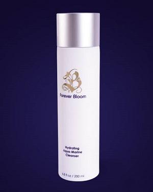 پاک کننده های مردانه و زنانه برای حفظ سلامت پوست شما