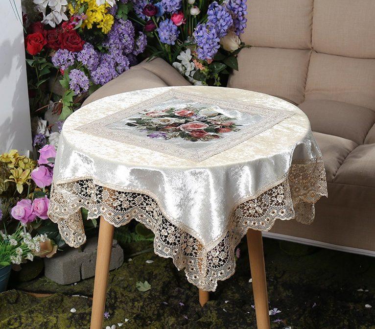 رومیزی میز خاطره
