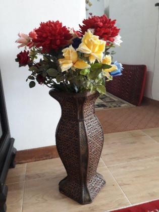 گلدان بزرگ