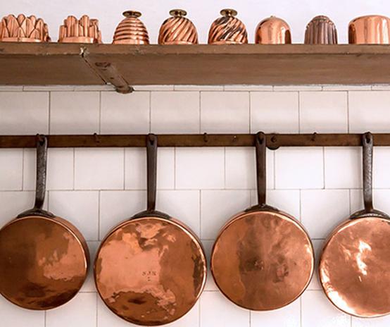 ظروف آشپزخانه فلزی